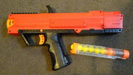Nerf Rival high powered nerf gun red