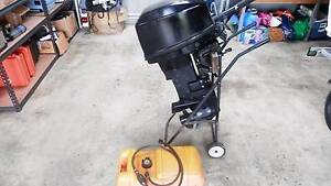 Mercury 20hp outboard motor short shaft tiller steer Glen Innes Glen Innes Area Preview