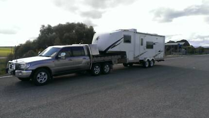 2011 5th wheeler and 100 Series Sahara turbo diesel ute package Gawler Gawler Area Preview