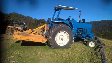 Ford 8600 Turbo Tractor with attachments