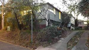 Charming old Queenslander on the fringe of St. Lucia/Toowong St Lucia Brisbane South West Preview
