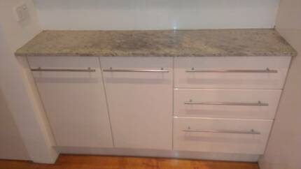 Kitchen cupboards and stone benchtops Elwood Port Phillip Preview