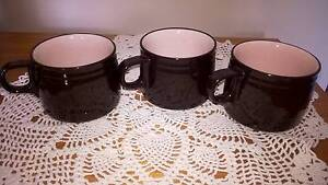 Vintage Retro Black and Pink Mugs x 3 Golden Grove Tea Tree Gully Area Preview