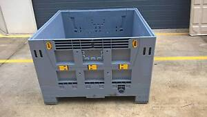 Folding Plastic Pallet Bin with Lid Meadowbrook Logan Area Preview