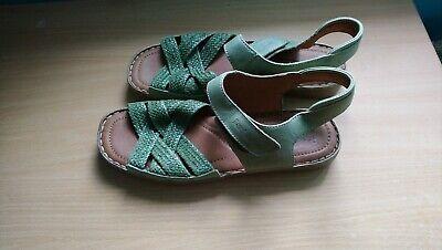 Barely worn green Josef Seibel Sandals Size 42, excellent condition