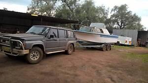 boat with no motor Boree Creek Urana Area Preview