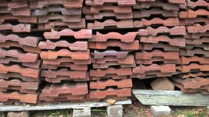 50 x Free teracotta roof tiles