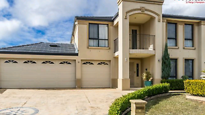 4 bedroom furnished luxury mansion 5 mins to Western Sydney Uni St Clair Penrith Area Preview