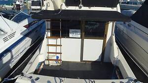 MARINER 2800 FLYBRIDGE CRUISER , NEAR NEW MOTOR East Fremantle Fremantle Area Preview