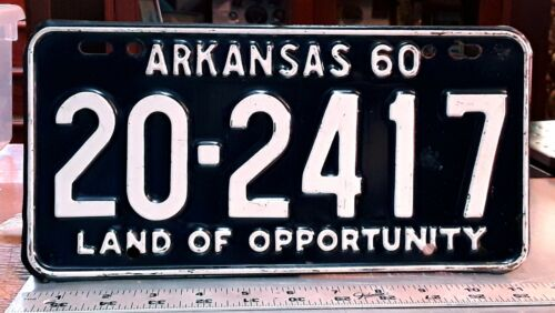 ARKANSAS - 1960 passenger license plate - very nice all original