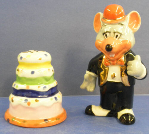 Chuck E. Cheese Anniversary Salt & Pepper Shakers   - from 1999 NEW