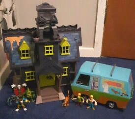Scooby Doo Haunted Mansion & Mystery Machine