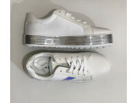 White Trainers. Size 7. Brand new in box. Unisex