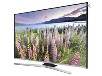 "Samsung smart TV 32"" LED"