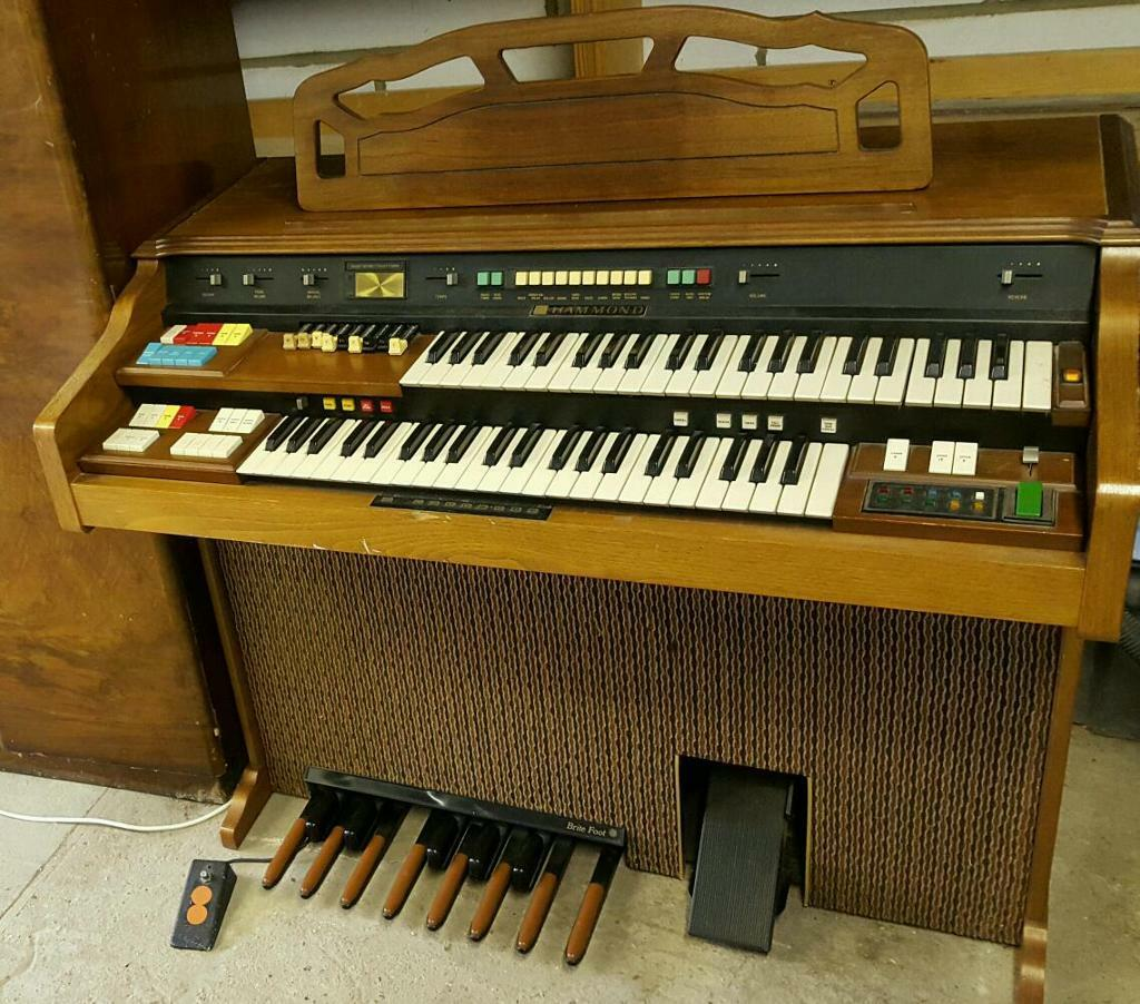 Piano dating serial number 4
