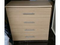 Chest of Drawers. Oak