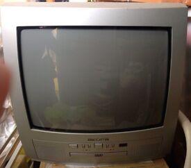 Portable Colour TV/built in DVD