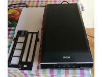 Epson V600 Photo and Negatives Scanner