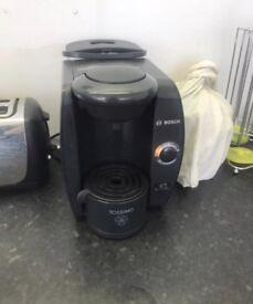 Bosch Tassimo pod coffee maker machine Americano espresso latte