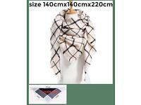 Large scarf 140cm x140cm x220cm