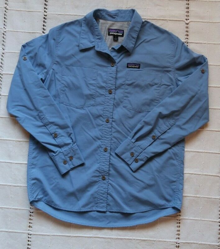 Womens Patagonia Worn Wear Size Small Fishing Vented Long Sleeve Button Up Blue