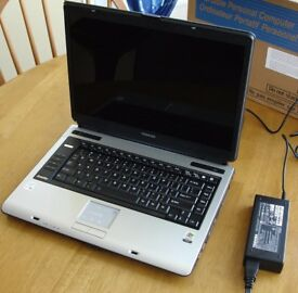 "LAPTOP TOSHIBA REFURBISHED, 15.4"" WIFI WIRELESS NET. DVDRW,2GB .WINDOWS 7/OFFICE 2010,CASE,CHARGER"