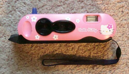 Vintage 2000 Hello Kitty Izone Polaroid Camera!!!