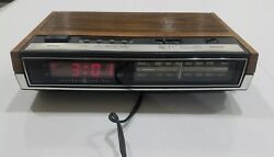 Vintage GE General Electric Digital Alarm Clock AM-FM Radio 7-4630B Red LED