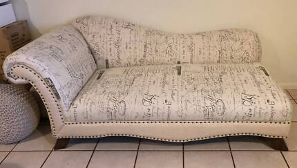 Versaille French Chaise Lounge Couch