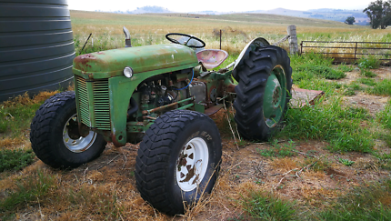 Massey Ferguson TEA20 1948 Tractor