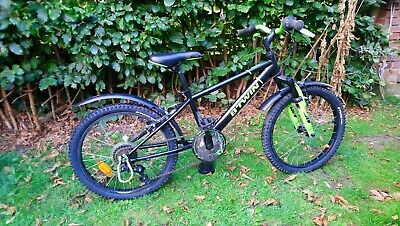 """B' Twin boys racing 500 bike 20"""", excellent condition for a 6 to 9 year old"""
