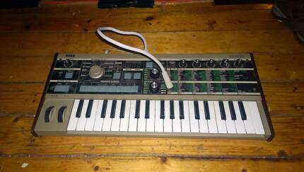 KORG microKORG Synthesizer/Vocoder Earlwood Canterbury Area Preview