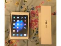 New Cond Apple iPad mini 32GB 1st Generation in white with box