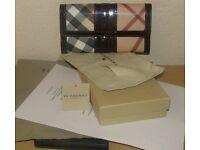 NEW LADIES BURBERRY WALLET - HAS CARD/TAG/LABEL, COPY RECEIPT, POUCH, BOX & BAG - OFFERS CONSIDERED