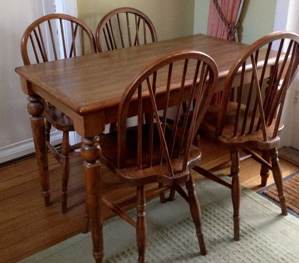 Kitchen Bench Gumtree: Heat Resistant Kitchen Table And 4 Chairs 110cmx64cm
