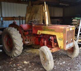 Vintage Tractor Mc Cormick International 434