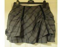 *lower price* Bench Grey/Black Skirt Size xs