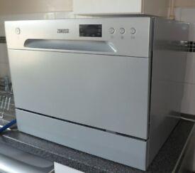 ZANUSSI ZDM17301SA Compact Dishwasher – Silver (as new)