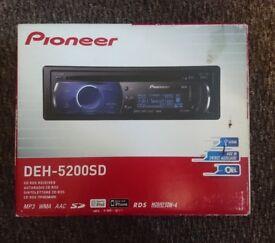 Pioneer DEH-5200SD Head Unit - CD / MP3 / USB / SD / iPhone / RDS / 50W x 4