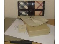 REAL NEW BURBERRY LADIES WALLET - POUCH, BOX, TAG, LABEL & COPY STORE RECEIPT + £45 BURBERRY FREEBIE
