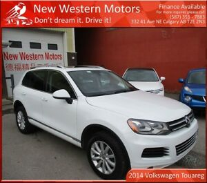 2014 Volkswagen Touareg 3.6L Highline!!! ACCIDENT FREE!!!