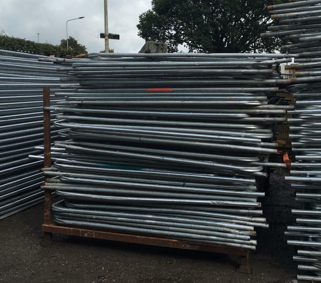 Used Heras Temporary Security Fencing Sets X 35 - Panels/Clips/Feet