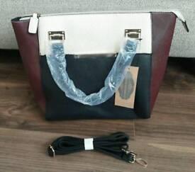 Ladies Handbag with Detachable Shoulder strap
