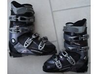 Rossignol Impact XT ski boots, Ladies size 25.5(size 40 Eu or 6.5 UK) and Rossignol ski boots bag