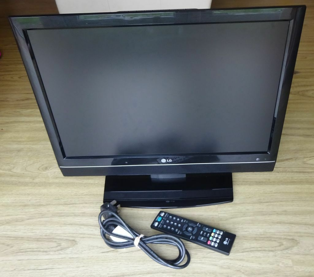 """LG 22LS4D 22"""" 720p HD LCD digital freeview Television TV ..."""