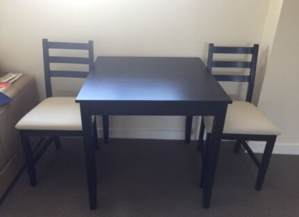 moving sale Ikea dining table