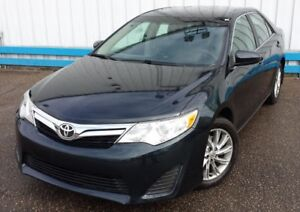 2012 Toyota Camry LE *LEATHER*