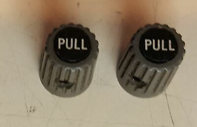 One Tektronix Grey Knob With Text Pull From Tm500 Plug In