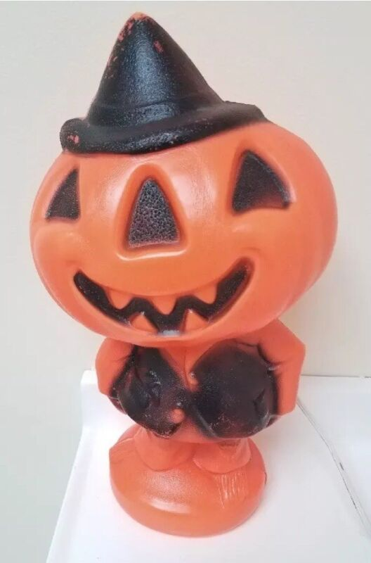 Jack-o'-Lantern Blow Mold Pumpkin Man Gregg Products Halloween Decoration