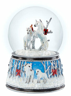 2020 Breyer Christmas Enchanged Forest Musical Snow Globe Plays Silent Night